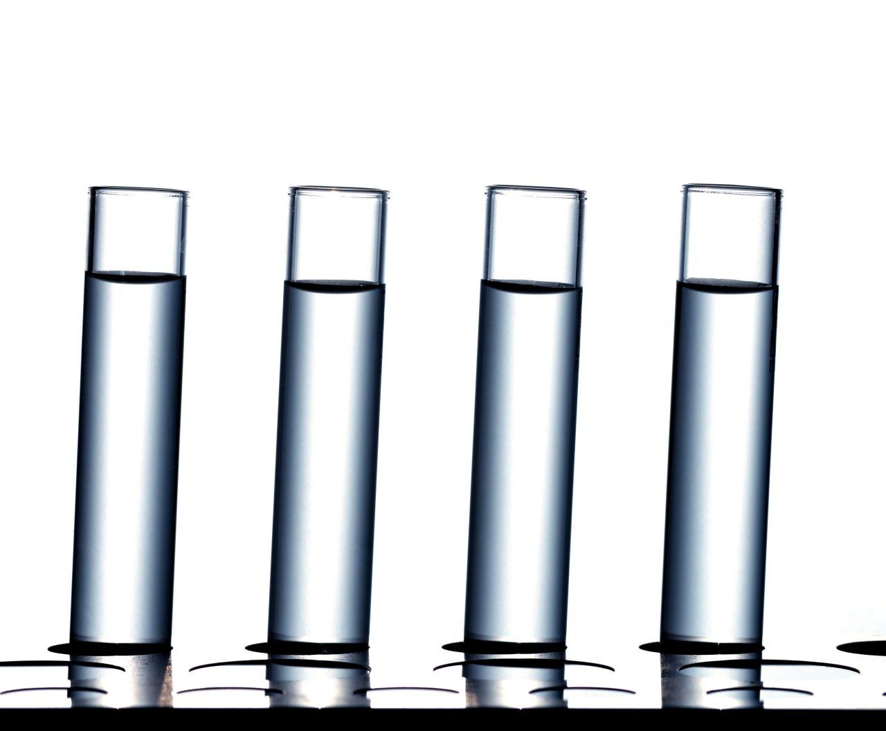science-laboratory-research-test-tubes-976HDW9-scaled-1280x1056.jpg